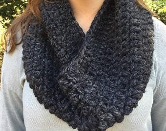 Crochet Cowl // Charcoal