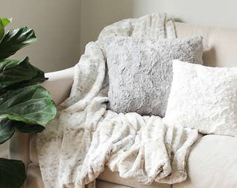 Delicieux More Colors. Faux Fur Throw Blanket | Sofa ...