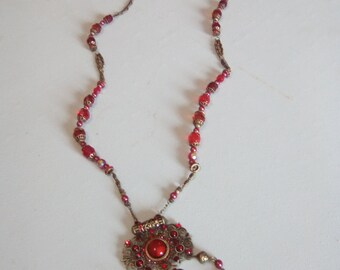 Pendant / Necklace with pearls vintage
