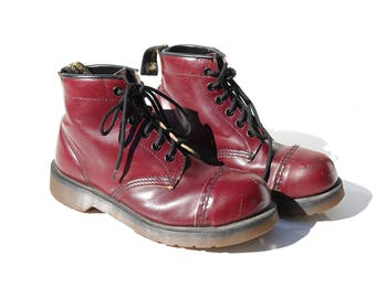 Vintage Women's Burgundy Leather Boots / size 6
