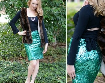 Emerald Pencil Skirt - beautiful quality, comfortable and chic  (S, M, L, XL) Ships asap!