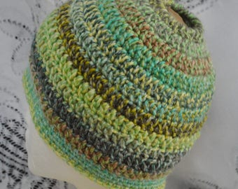 Kids Messy Bun Hat. Pony tail hat.  Child 7-10. Ready to Ship. Crochet.  Handmade in the USA.  002