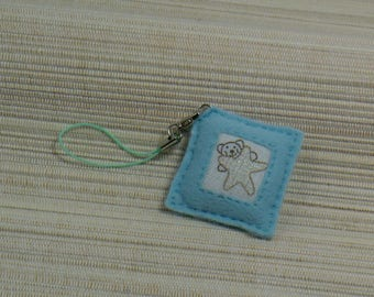 Wearable jewelry blue felt square to the bear and Star