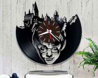 Harry Potter vinyl record clock. Wall clock, vinyl clock  *V033 Vinyl record clock. Hogwarts vinyl clock, birthday gift