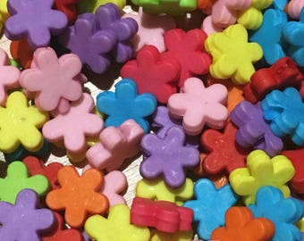 30 cute plastic candy bright flat flower shaped beads
