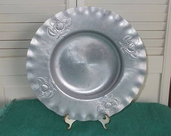 Vintage 1950's or 1960's Formed / Hammered Aluminum Tray-Embossed with Roses-FREE SHIPPING!