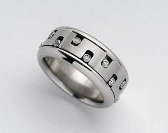 Cool Ring, Spinner Ring for Women, Mens Diamond Ring, Maze Stainless Steel Ring, Mens Engagement Ring, Spinner Ring, Diamond Kinetic Ring