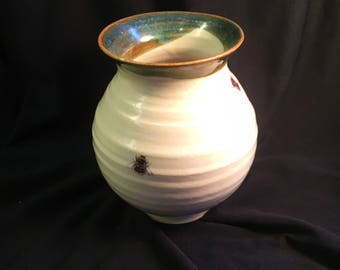 Small Vase in White with Bumblebee Motif