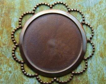 25mm Round Bezel - 1 pc - Antiqued Brass Round Daisy Bezel - Patina Queen