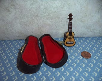 1:12 scale Dollhouse Miniature Guitar with case
