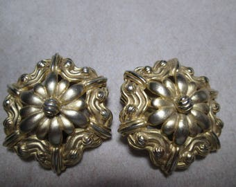 Pr. SCHIAPARELLI Mid Century Clip On  Brushed Goldtone  Earrings Signed