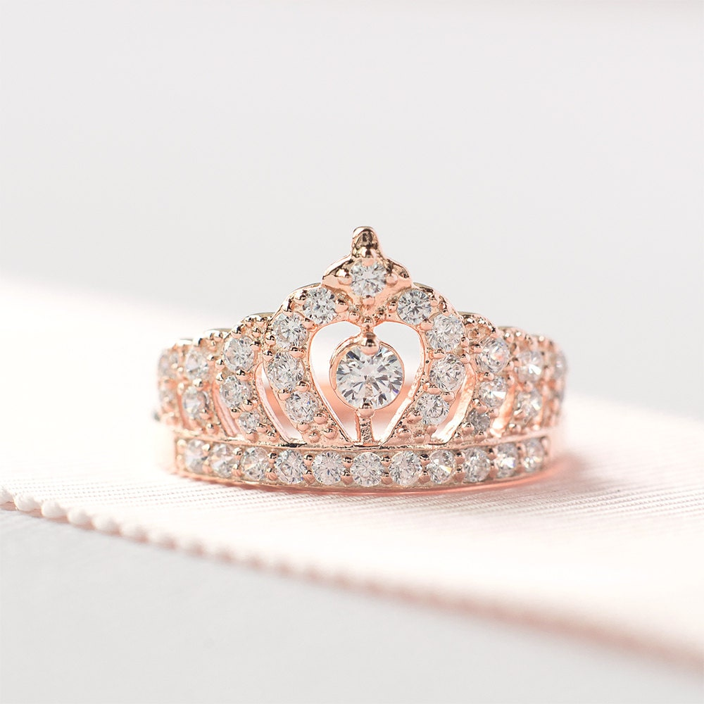 ring half gold crown princess unique in carat rings diamond white engagement