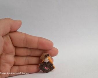 Country girl crochet doll - Miniature girl doll - Crochet girl doll - Miniature doll - Tiny girl doll - Amigurumi crochet doll - little girl