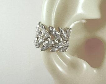 Diamond Like Earcuff, Cubic Zirconia, Faux Piercing, Non-pierced Ear Cuff, Gemstone Cuff,Earwrap,CZ Wreath,Silver Plated Casting ECZWREATHSS