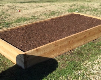 4' x 8' raised garden bed (Local Delivery and Set-Up)