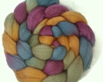 Handpainted BFL Wool Roving - 4 oz. RIVENDELL - Spinning Fiber