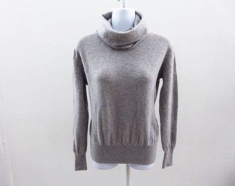 100% Cashmere Sweater Size M Light Gray Cowl Neck Womens Portolando 42 Chest