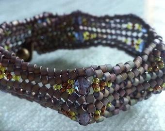 Bump Beadwoven Bracelet