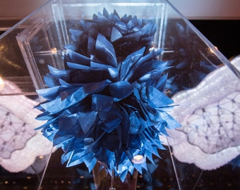"""Four (4) Midnight Blue & Silver Medium CONNECTING PuffScape DIY Tissue Paper Pom Pom Flower Puffs 12"""" Wired Starry Night MOMA Wedding Party"""