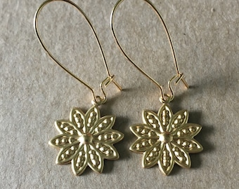 Brass Daisy Earrings, Gold Daisy Dangle Earrings