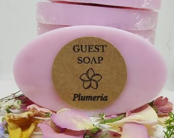 Commentaires de Plumeria savons - Mini savons - savon cadeaux - cadeau savon d'invité invité savons - maison d'hôtes - - VRBO invité - Condo