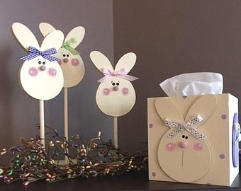 NEW!!!!   Decorative Easter Bunny & Eggs tissue box