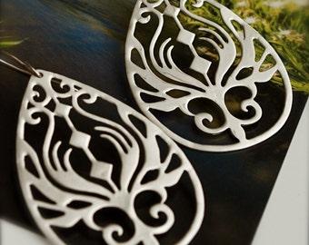 Boho-Chic Sterling Silver Teardrop Earrings