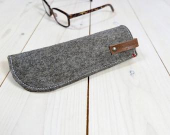 Felt eyewear case. Pure wool leather label. Black Brown Grey Gray. Glasses pouch.