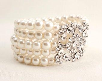 Pearl and Swarovski Crystal Silver Bridal Bracelet.  Bridal Jewelry.  JSB10081Br Silver