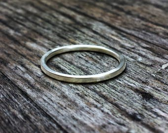 Minimalist sterling silver small band