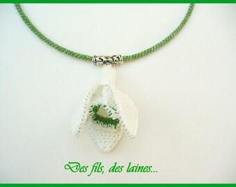 Crochet necklace, crochet snowdrop, crochet flower, crochet jewelry, snowdrop jewelry, snowdrop pendant, flower pendant, fiber art jewelry