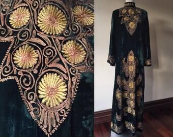 Vintage velvet dress // vintage embroidered dress // emerald green velvet gown // vintage long sleeve dress