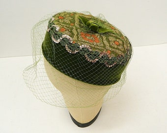 Green Velvet Pillbox Hat .. .1950s 1960s Handmade Ladies Hat ...Veil ... Sequin Trim