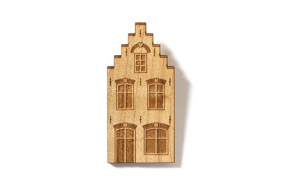 Dutch house brooch - flemish architecture pin - lasercut maple wood - miniature jewelry - historical Amsterdam house - graphic jewellery