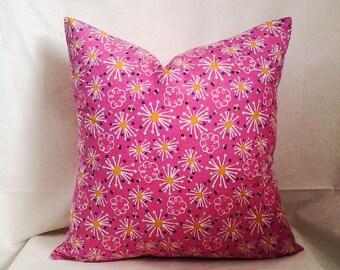 Pink Starburst Pillow Cover, 18x18 Pillow Cover, Decorative Pillow, Toss Pillow, Home Decor, Summer, Spring Decor, Young Girl Bedroom Decor