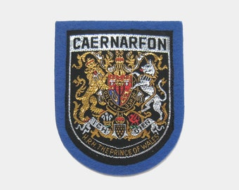 Vintage 1970s Caernarfon Fabric Patch - Caernarvon Wales Welsh Gwynedd Carnarvon badge prince souvenir travel bright blue silver gold 1980s