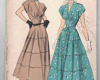 Vintage 1940s Sewing Pattern, Advance 5159: Figure-Flattering Dress Pattern, Size 12, Bust 30