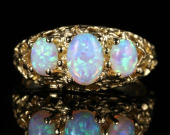 Opal Trilogy Gold Ring 1.80ct of Opal
