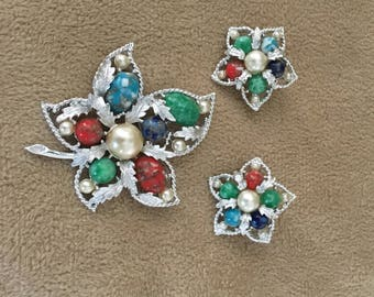 Sara Coventry Set  Brooch and  Earrings 60s