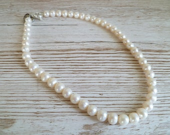 Ivory Freshwater Pearl Necklace UK made (ipn06)