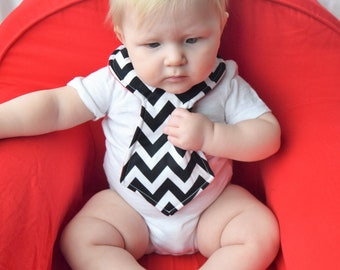 Colorblock Blue Chevron Baby Necktie Bib