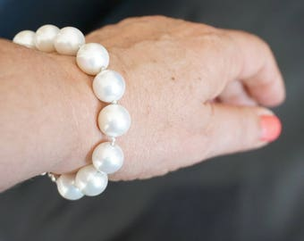pearl of mother bracelet, knotted white pearl bracelet, handmade bracelet, white pearl of mother bracelet, elegant bracelet, white bracelet
