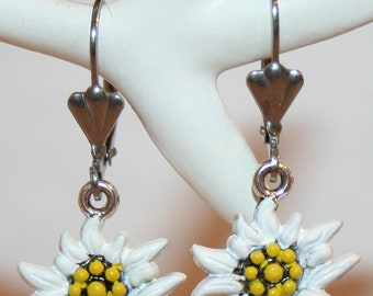 Brisur earrings with hand painted edelweiss