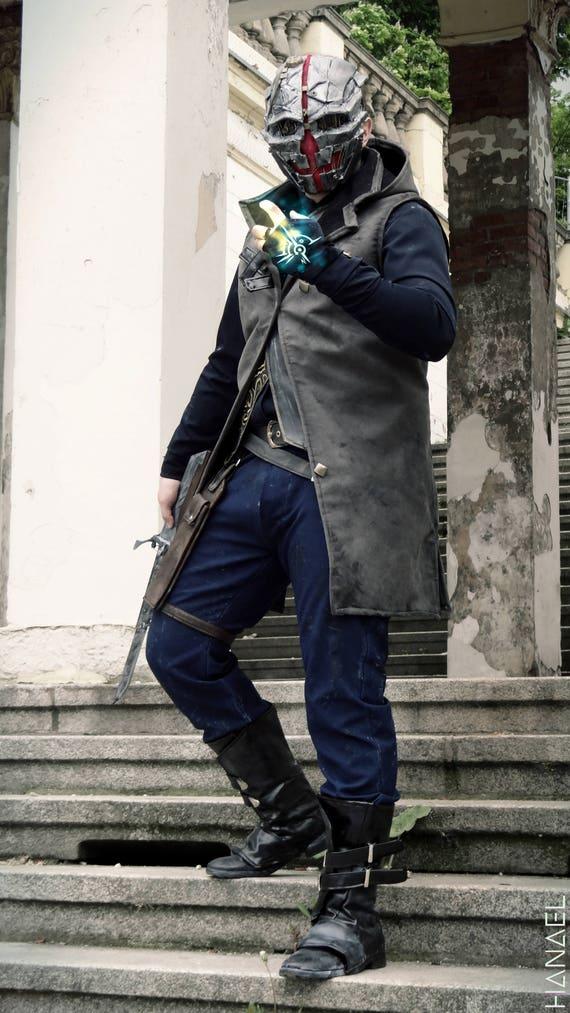 Inspired Dishonored 2 Corvo Attano Cosplay