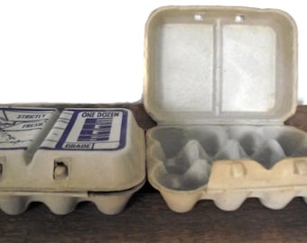 Egg Cartons / Vintage 70s Fresh Egg Cartons / General Store Country Style Storage Containers Prop