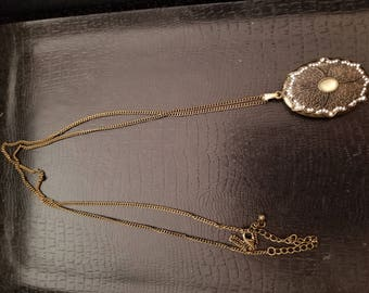 Vintage Art Deco Inspired Flower Pendant Necklace