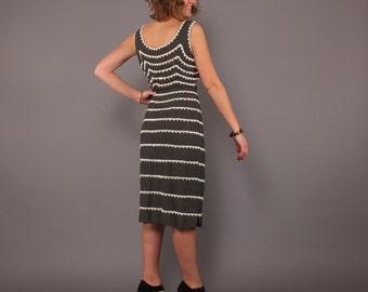 1950s Vintage Grey Embellished Sleeveless Bombshell Dress Large