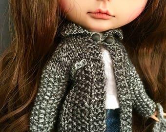 Blythe cardigan made from wool/nylon yarn