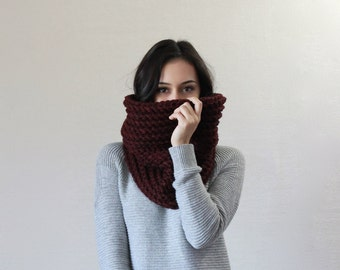 Chunky Knit Cowl Ribbed Textured Neckwarmer // The Bordeaux - CLARET