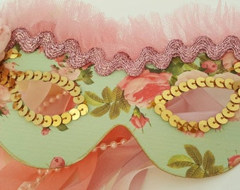 Marie Antoinette queen party masks, pretty party masks, masquerade ball, cosplay, tea party, vintage party masks, girly party masks